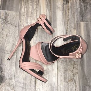 Shoes - Pink Open Toe Heels Size 6